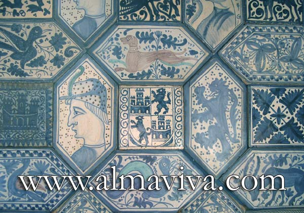 Medieval pavement - Ref. MA12 - Ornemental tiling composed with oblong hexagonal tiles 30x15 cm (about 12''x6'') surrounding square tiles 15x15 cm (about 6''x6''), The design of the figurative subjects announce the beginnings of Renaissance