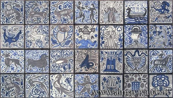 Medieval tile - Ref. MA04 - Medieval tiles. Tiles 20x20 cm (about 8''x8''), painted in black and blue. Hispanic patterns from the 15th c.