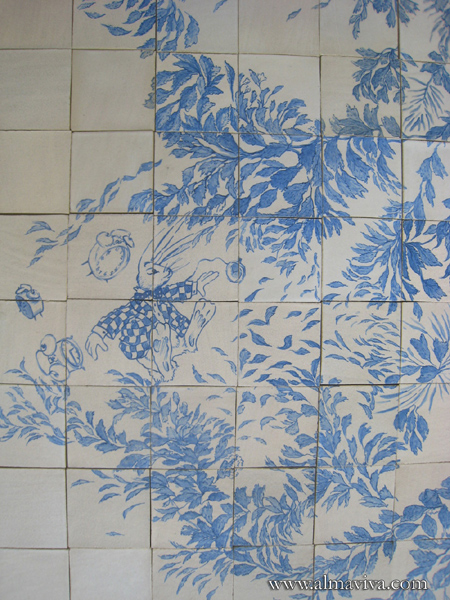 Almaviva Handmade tile - Ref. CD21 - Floor tiles inspired from Alice in Wonderland