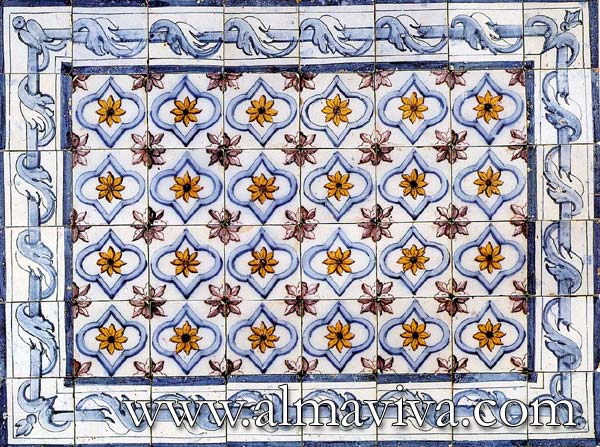 Azulejos Almaviva-Ref. AC22 - Pombal Azulejo (see keywords): typical of Portuguese production of late 18th c. Tiles 13x13 or 15x15 cm (about 5''x5'' or 6''x6'')