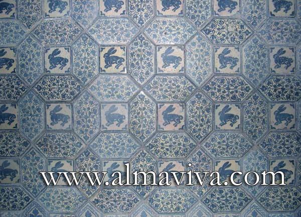 Middle-Age tile - Ref. MA07 - Floor tiling ''rabbits''