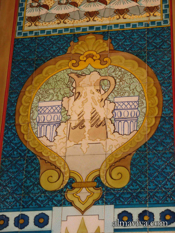 Ref. AN56 - A detail of the tiles decorating the pub La Cigale in Nantes.