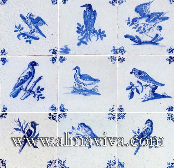 Almaviva Delft tile - Ref. DC02 - Blue birds. Tiles 13x13 or 15x15 cm (about 5''x5'' or 6''x6''). Corner motif : spider