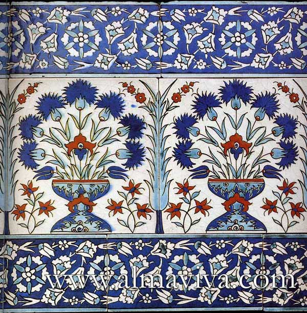 Almaviva Islamic tile - Ref. OR14 - Iznik frieze (see keywords). Typical of Turkey tiles production, 15x15 cm (about 6''x6'')