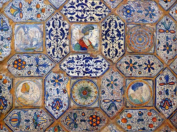 Almaviva Renaissance tiles - Ref. R17 - Polychromatic pavement. Octagons composed with oblong hexagonal tiles surrounding square tiles. Painted in Anvers (nowadays in Belgium) around 1530