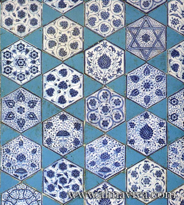 Almaviva Islamic tiles - Ref. OR12 - Hexagonal tiles, 18 cm high (about 7'')