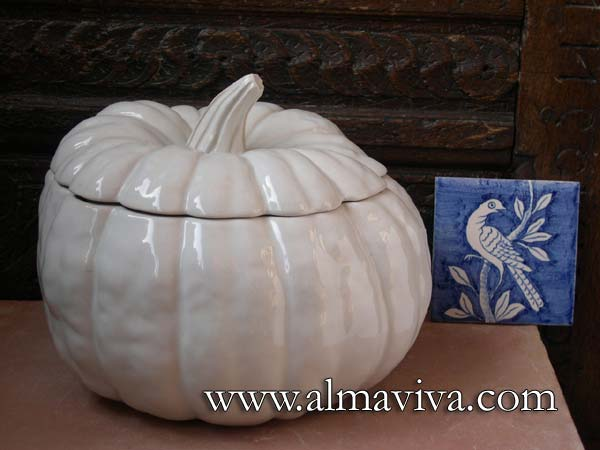 Ref. 799-1 - Terrine Pumpkin - H 20 cm (about 8'')