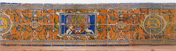 Réf. R18 - Lambris à fond ocre. Vila Viçosa (Tobie, Portugal, 1558)