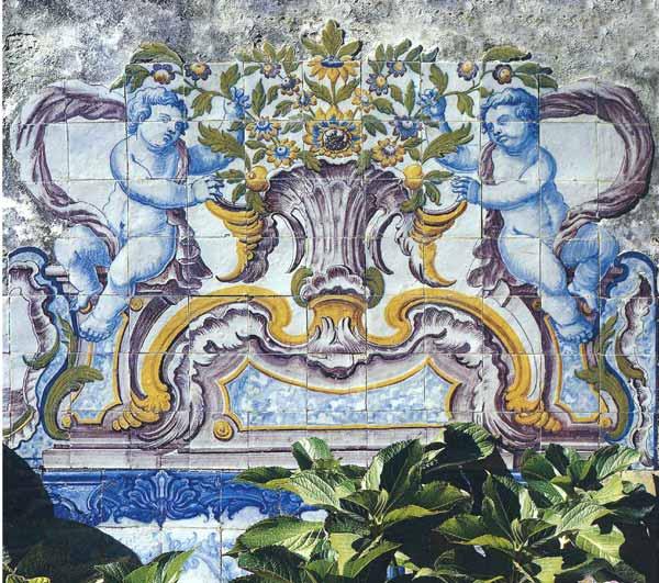 Ref. A61 - Garden with rococo azulejos