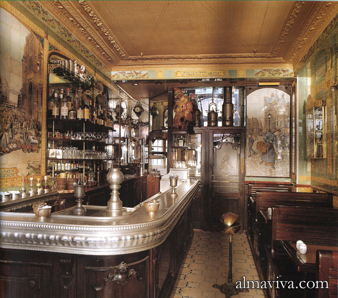 Ref. AN72 - Decoration Art Nouveau in a brasserie at Montmartre in Paris, with ceramic wall panels