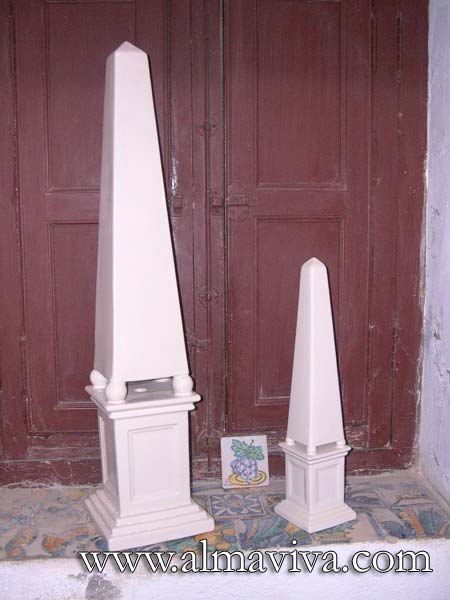 Ref. 258 & 259 - Obelisk - H 88 cm (about 2,9') & H 50 cm (about 1,6')