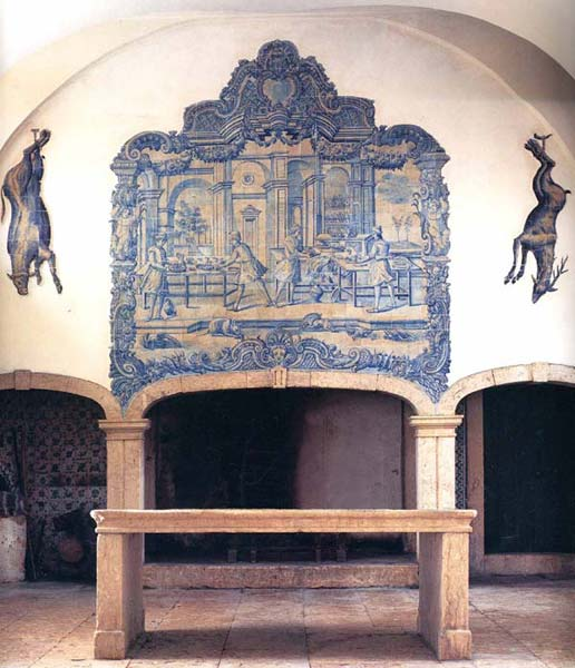 Azulejos Almaviva-Ref. A27 - Kitchen with hunting trophy. Two animals are painted on tiles for a trompe-l'oeil effect